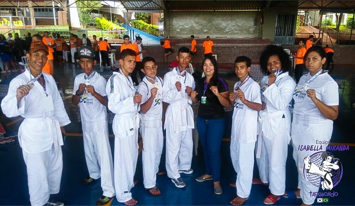 Atletas Do Projeto Abelha De Taekwondo Conquistam 4 Lugar Na  ~ Quarto Para Alugar Em Santos E Pendente Quarto Infantil