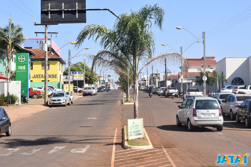 a73b3f6fa Prefeitura inicia obras de revitalização da Avenida Veriano de ...